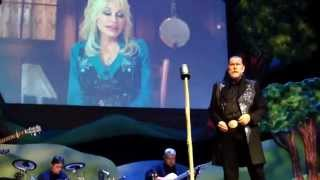 Dolly Parton pops into My People Show at Dollywood
