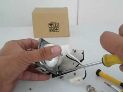 Cambio de bulbo para lámpara de proyector.wmv