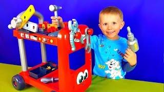 Игрушки для детей - Малыш Даник и тележка Механика с инструментом