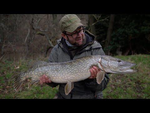 Åfiskeri efter gedder med Martin Bowler