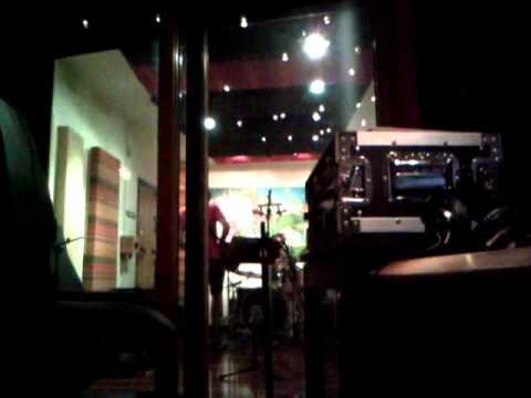 Dike Fight - Parasite (in studio)