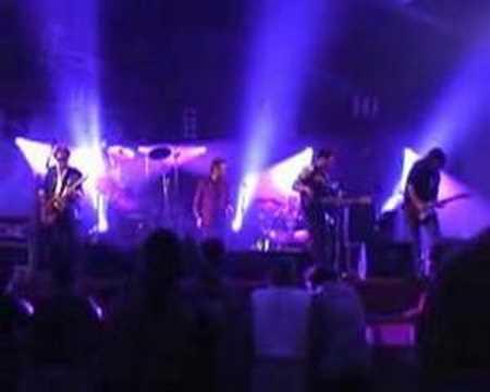 """Sticky Fingers """"Shake"""" Lindefeesten 2004"""