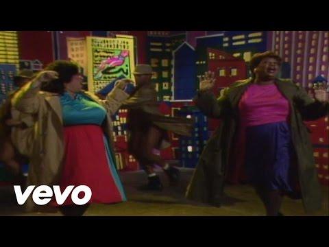 The Weather Girls - It's Raining Men (Video)