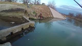 Рыбалка на невинномысском канале ранней весной