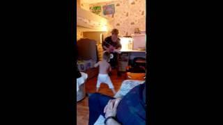 Микки Маус и его бабушка :))