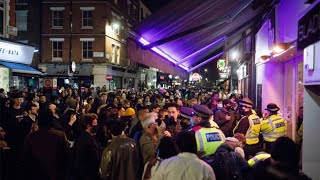 video: Londoners flock to Soho on the eve of the second national lockdown