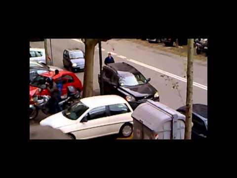 Come uscire da un parcheggio infame
