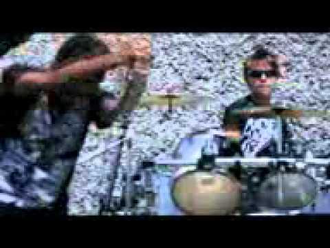 Download lagu lagu meonk band kere mp3, video mp4 & 3gp.