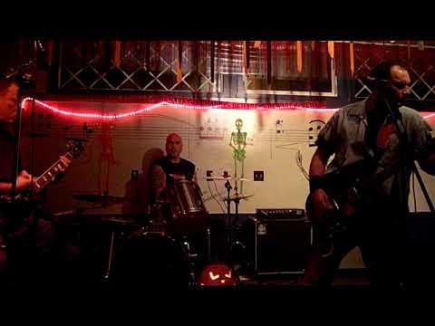 Sonic Medusa - October 31, 2009 @ Beer Mug (3)