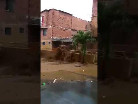 """Desbordamiento de la quebrada """"Cañada Negra"""" deja 10 casas afectadas"""