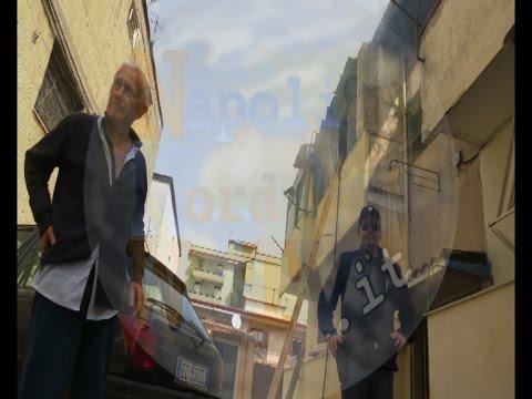GIUGLIANO, INCENDIO IN ABITAZIONE ANZIANO SALVATO DALLA POLIZIA: GUARDA L'INTERVISTA AL 78ENNE