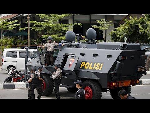 Индонезия: задержаны подозреваемые в причастности к терактам в Джакарте