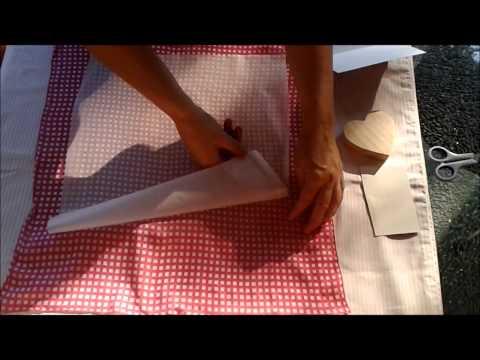 Stoff auf Holz oder Karton applizieren