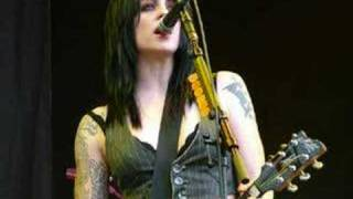 Brody Dalle Tribute - Coral Fang