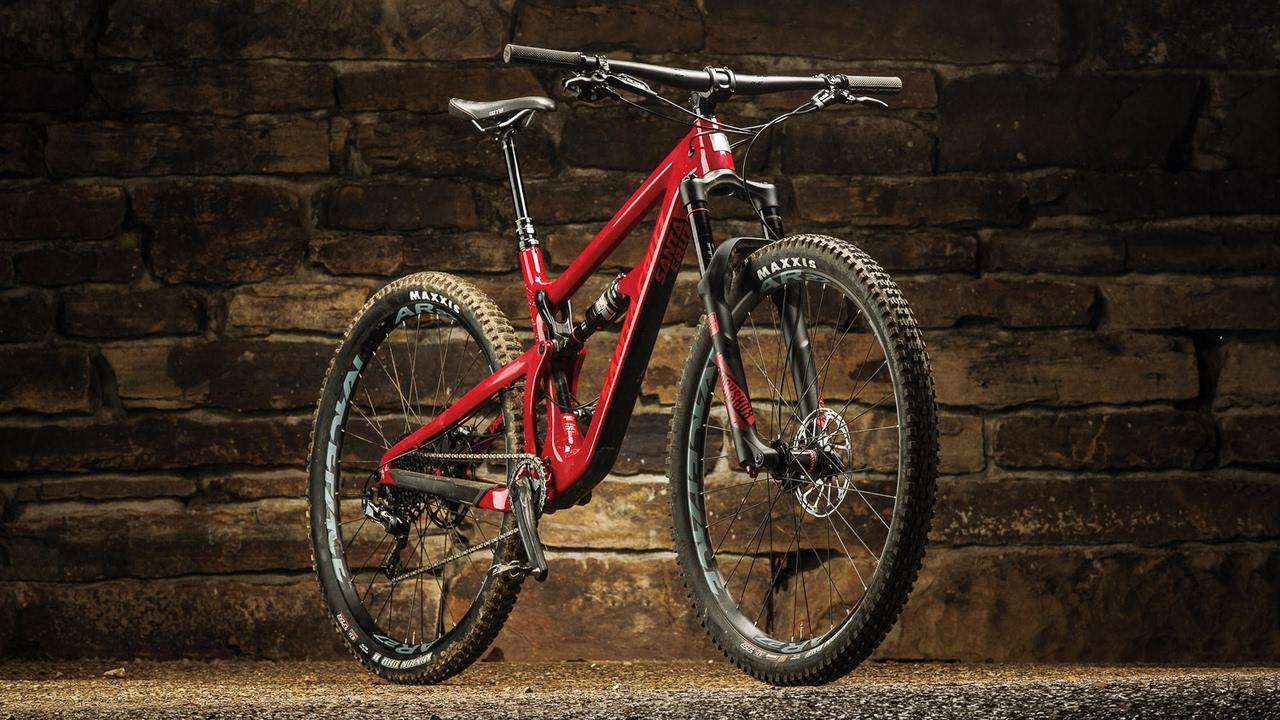 Santa Cruz Hightower Review – 2017 Bible of Bike Tests