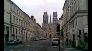 preview picture of video 'Orléans cathédrale Sainte-Croix sonnerie des cloches'