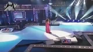 Арабская песня, очень красиво поет.