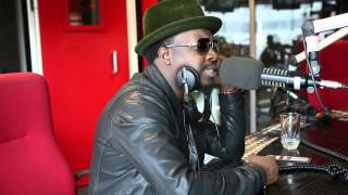 Anthony Hamilton sings along to Forever My Lady in South Africa