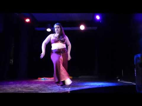 Tiziana en Gala Show cierre de año by Suhaila Alabi