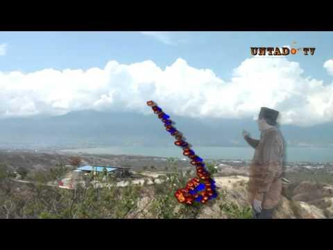 Dok Humas Untad. Kagum Melihat Teluk Palu dari Ketinggian Tugu Perdamaian Nosarara Nosabatutu Ketua DKPP RI Prof. Dr. Jimly Asshiddiqie.SH