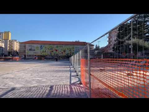 Piazza Repubblica di nuovo libera