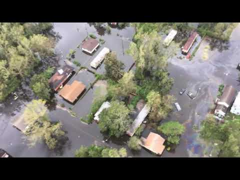 Aerial footage shows flooding and storm damage in New Bern and Nags Head, North Carolina. (Sept. 15)