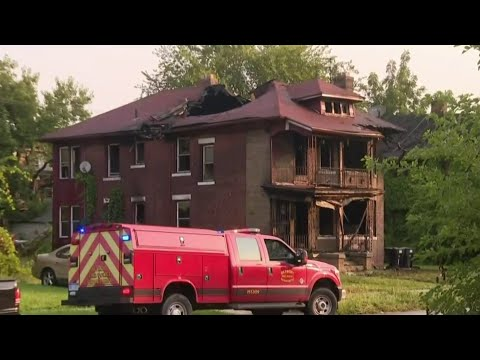 2 people found dead after house fire on Detroit's west side