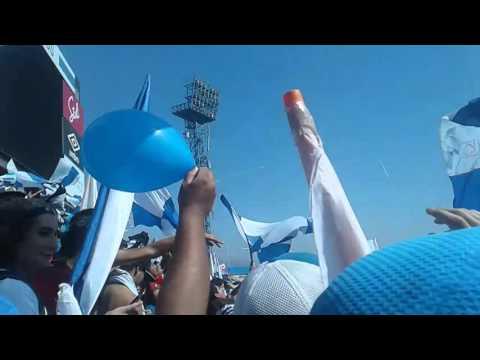 """""""Los Cruzados - Ya Llego El Domingo Vamos Armar La Fiesta 05/03/16"""" Barra: Los Cruzados • Club: Universidad Católica"""