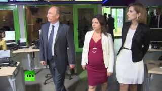 Putin visits RT in Moscow
