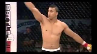 Боец Капоэйра дерётся в MMA! Супер бой! Нокаут!