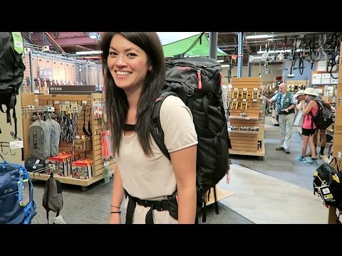 CHOOSING A BACKPACK // Preparing for Long Term Travel #4