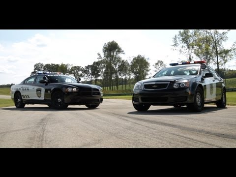 Police Dodge Charger vs Chevy Caprice