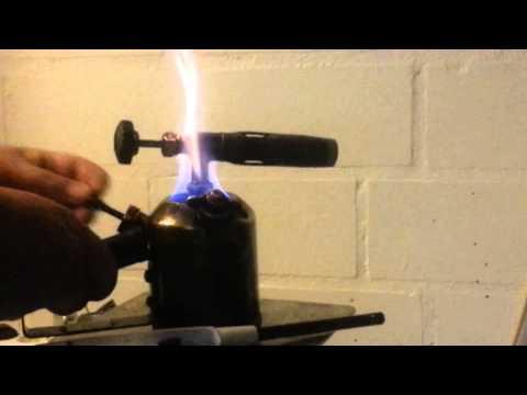 Wie zu prüfen es ist wieviel das Benzin im Tank wenn der Sensor nicht arbeitet