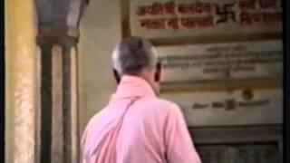 1989 Vraja-mandala Parikrama