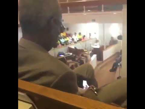Porn Addict: Church goer watches porn as pastor preaches