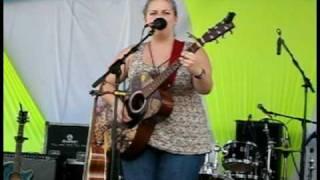 "Julia Nunes performs ""Balloons"" at Bonnaroo 2010"