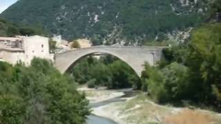 preview picture of video 'Nyons - Villeperdrix  (Drôme provençale)'