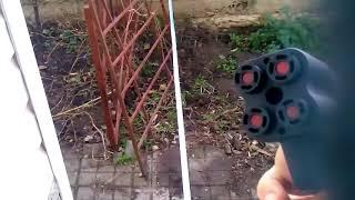 Испытание пистолета Премьер-4 и баллончика Перцовый Струй Стандарт при небольшом ветре