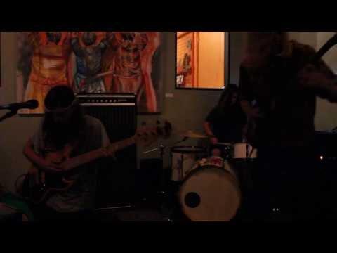 """Verisimilitude - """"Chat Noir"""" Live"""