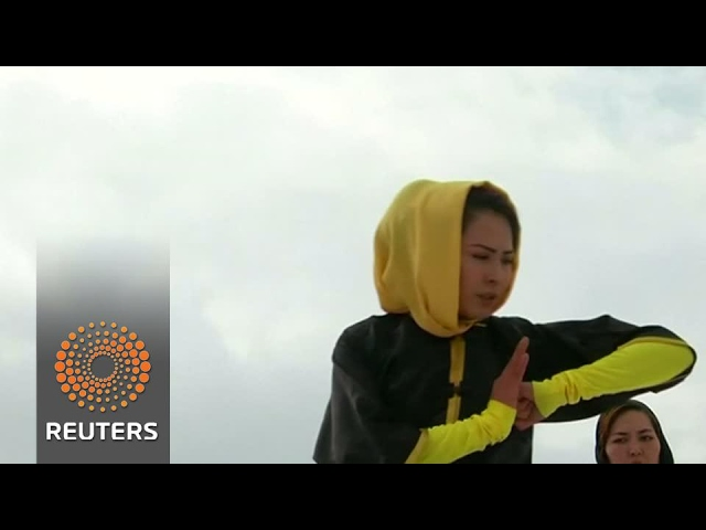 sportourism.id - Sima-Azimi-Pelatih-Wushu-Tercantik-Asal-Afghanistan