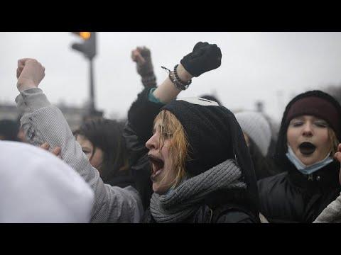 Nouvelle journée de manifestations contre la loi
