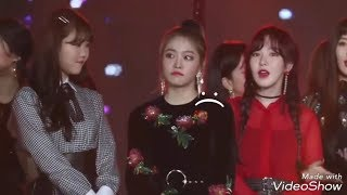Yeri cried After IU Speech About Jonghyun @GDA2018