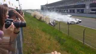 preview picture of video 'ADAC GT Masters Oschersleben 2014 Start Crash'