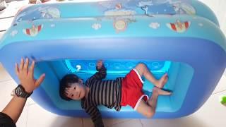 Tin có hồ bơi mới - Hồ bơi dễ thương cho bé tắm tại nhà Swimming pool for baby