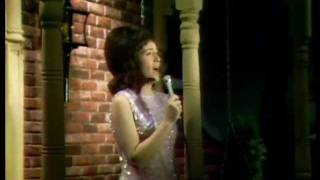 Dottie West Paper Mansions