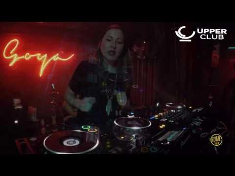 Paula Cazenave @ Upper Club (Madrid) 09-03-2017 // Videoset
