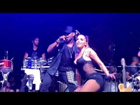 Tic Nervoso - Anitta e Harmonia do Samba Ao Vivo no Ensaio do Bloco das Poderosas