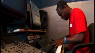 "In The Studio w/ Shamtrax (Producer of Bow Wow's ""Go Harder "" & ""S.Y.M""-So You Mad)"