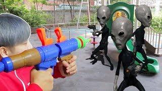 Nerf War : Aliens Invasion attack