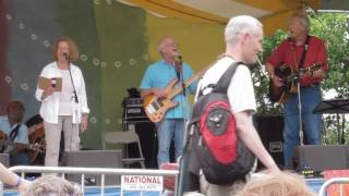 Kisses Sweeter Than Wine<b>Holly Near</b> And Tom Chapin Clearwater Festival 2017